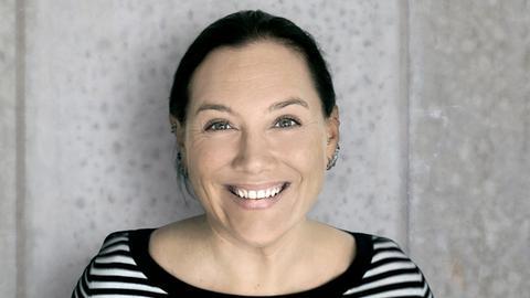 hr1-Moderatorin Daniela Jensen