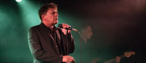 Makarios, Sänger Die Art