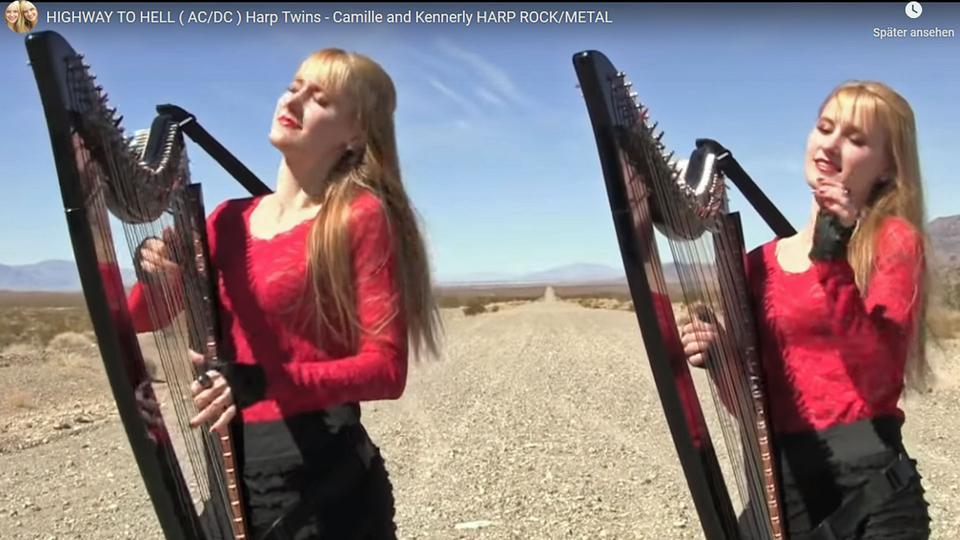 """Die Harp Twins (Harfen Zwillinge) spielen """"Highway To Hell"""" von AC/DC."""
