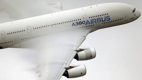 Airbus A380 bei einem Demonstrationsflug