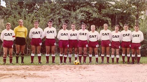 Mannschaftsfoto von Wormatia Worms mit Trikotwerbung 1967