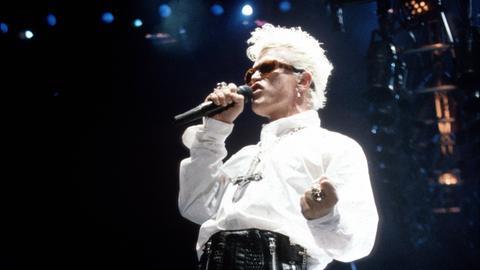 Billy Idol 1989 bei einem Konzert