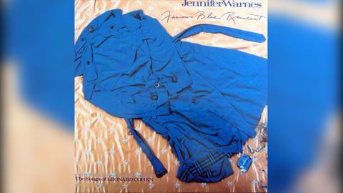 """Das Plattencover von Jennifer Warnes' """"Famous Blue Raincoat"""""""