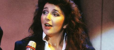 Kate Bush bei einem Auftritt auf der IFA Berlin 1985