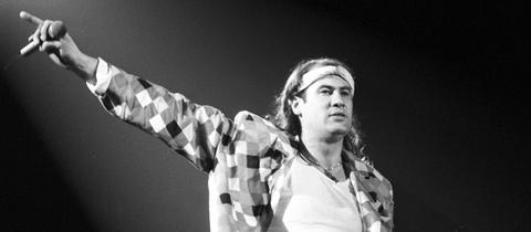 Der Marillion-Sänger Fish 1987 bei einem Konzert