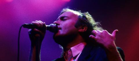 Phil Collins 1987 bei einem Konzert