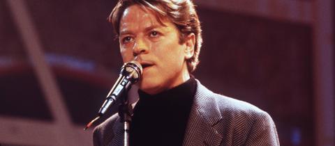 Robert Palmer 1986 bei einem Konzert