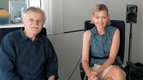 Marion Kuchenny mit hr1-Talkgast Prof. Hans Fricke