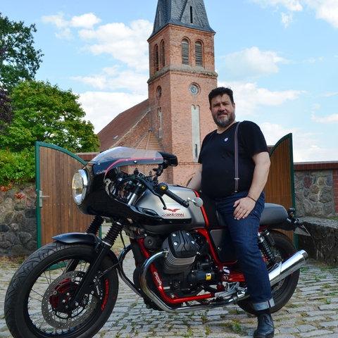"""""""Motorradpfarrer"""" Ralf Schwieger"""
