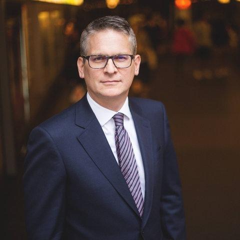 Enrico Brissa, Protokollchef des Deutschen Bundestages.