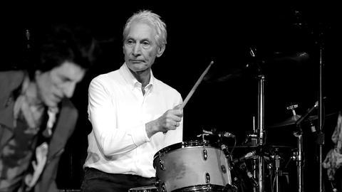Charlie Watts von den Rolling Stones ist tot.