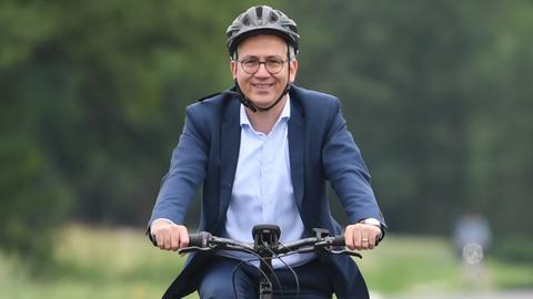 Tarek Al-Wazir auf dem Fahrrad