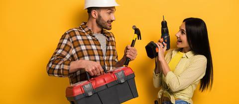 Handwerkskasten und Bohrmaschine